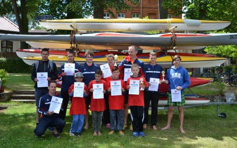 KANU-JUGEND: 9 bis 17-jährige Erkneraner Kanuten schnellste Boote beim Drittel-/Halbmarathon in Berlin