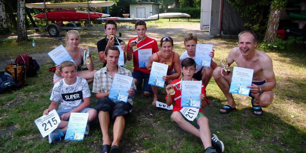 Stark gepaddelt – Erkneraner Kanuten feiern viele Podestplätze beim Potsdam Marathon